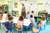 Apprentissage de lecture dans une classe de grande section maternelle à Rennes le 01 juin 2021.