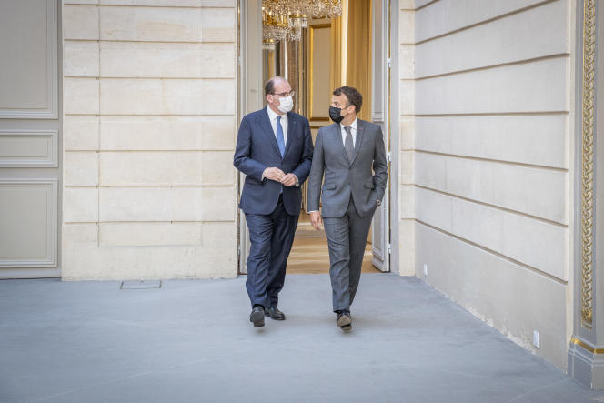 Jean Costex and Emmanuel Macron on June 9, 2021 at the Elysee Palace in Paris.