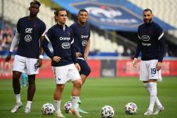 Paul Pogba, Antoine Griezmann, Kylian Mbappé et Karim Benzema avant d'affronter la Bulgarie, à Saint-Denis le 8 juin.