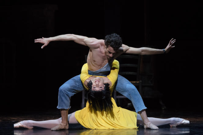 Mathias Heymann et Dorothée Gilbert dans «Le Jeune Homme et la mort», chorégraphie de Roland Petit, àl'Opéra Garnier, à Paris, le 27 mai 2021.