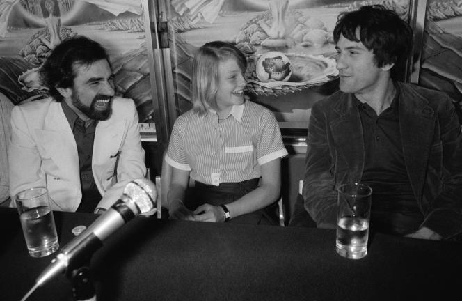 Conférence de presse après la présentation du film «Taxi Driver» réalisé par Martin Scorsese, avec Jodie Foster et Robert De Niro, au Festival de Cannes en mai 1976.