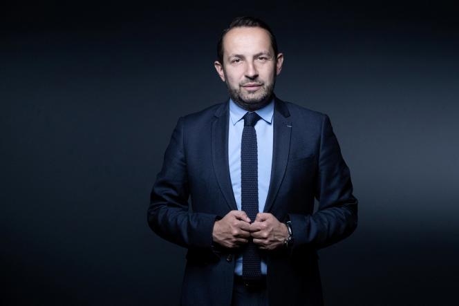 Le député du Rassemblement national(RN)et candidat pour le régionales dans les Hauts-de-France, Sébastien Chenu, à Paris, le 4 mai.