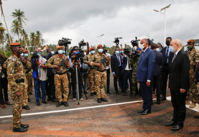 The Ivorian Prime Minister, Patrick Achi, and the French Minister of Foreign Affairs, Jean-Yves Le Drian, inaugurate the International Academy for the fight against terrorism, in Jacqueville, on June 10, 2021.