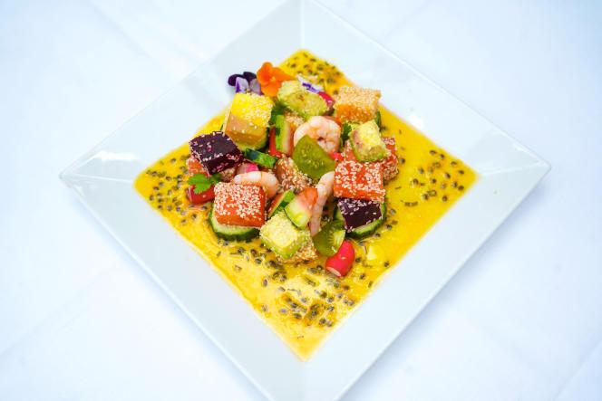 Salade fraîcheur exotique à la vinaigrette de passion.