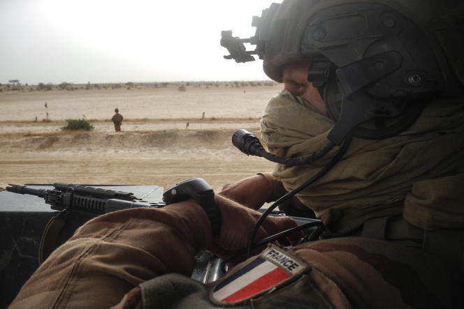 Dans son documentaire-reportage, Camille Courcy a suivi un jeune soldat français de l'opération« Barkhane» au Sahel (ici un convoi militaire dans la région de Gourma au Mali en mars 2019).