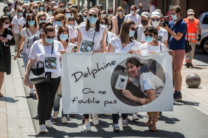 Rassemblement en hommage à Delphine Jubillar, à Albi, le 12 juin 2021.