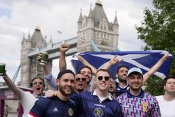 Des supporteurs écossais après le premier match de leur équipe contre la République tchèque, le 14 juin, à Londres.