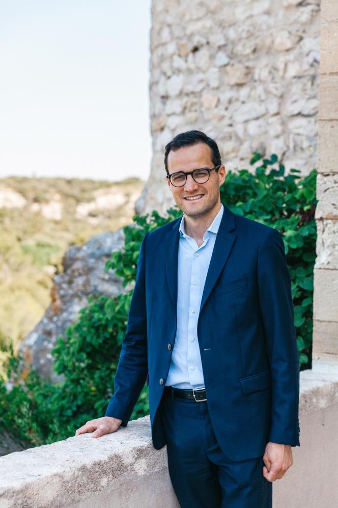 Vianney d'Alançon, propriétaire du château de La Barben et fondateur du parc provençal du Rocher Mistral.