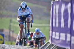 La Néerlandaise Annemiek van Vleuten, l'une des figures de proue du peloton féminin, le 4 avril 2021, lors du Tour des Flandres.