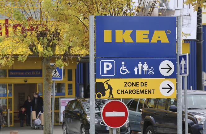 Un magasin Ikea, à Plaisir, à l'ouest de Paris, en novembre 2013.