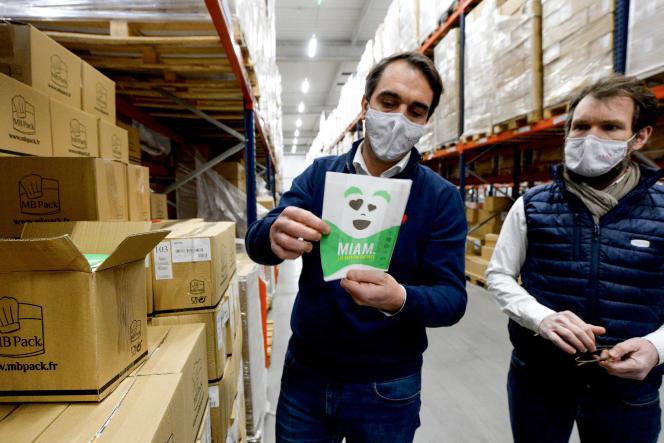 Les dirigeants de l'entreprise spécialisée dans les emballages alimentaires MB Pack, à Vaiges (Mayenne), en décembre 2020.