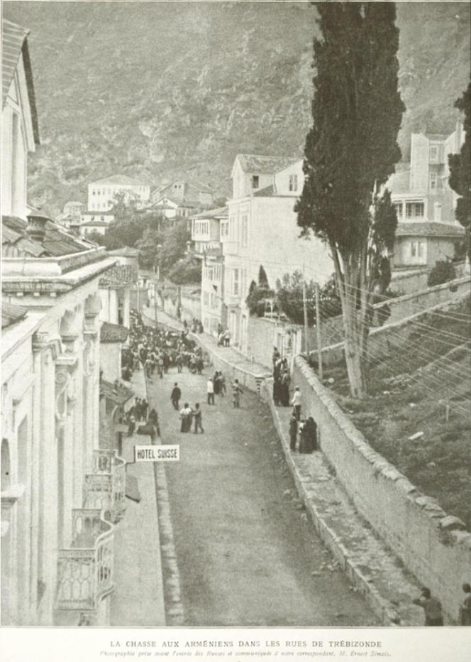 Rafle d'Arméniens dans la ville ottomane de Trébizonde, en 1915 («L'Illustration» du 29juillet 1916).