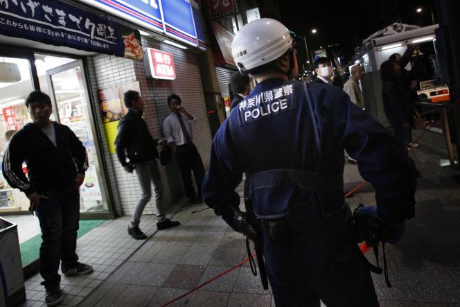 Sur une scène de crime à Yokohama, au Japon, en novembre 2009.