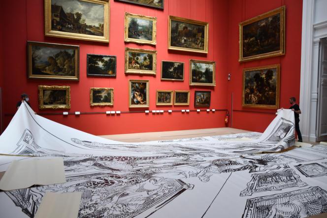 Installation de l'exposition «Open Museum» de François Boucq au PBA de Lille.