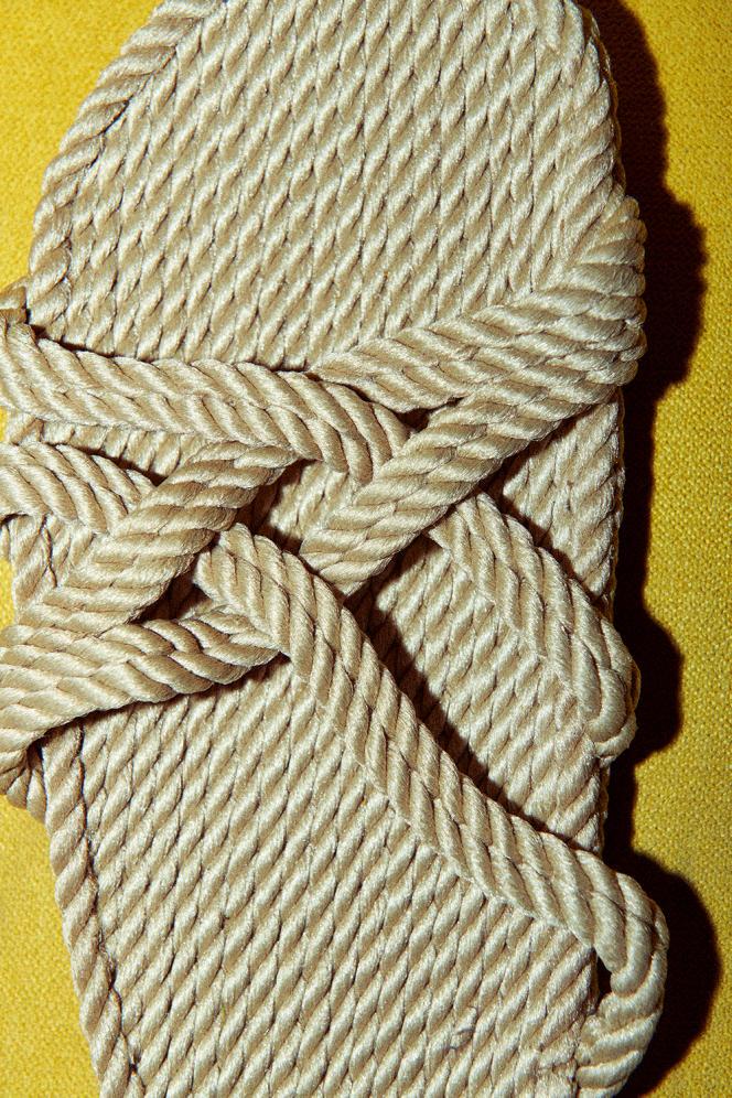 Sandales en corde, Nomadic State of Mind, 65 €.