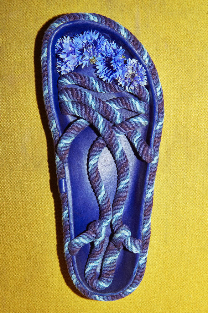 Sandales homme ESPA, en corde, Isabel Marant, 350€.