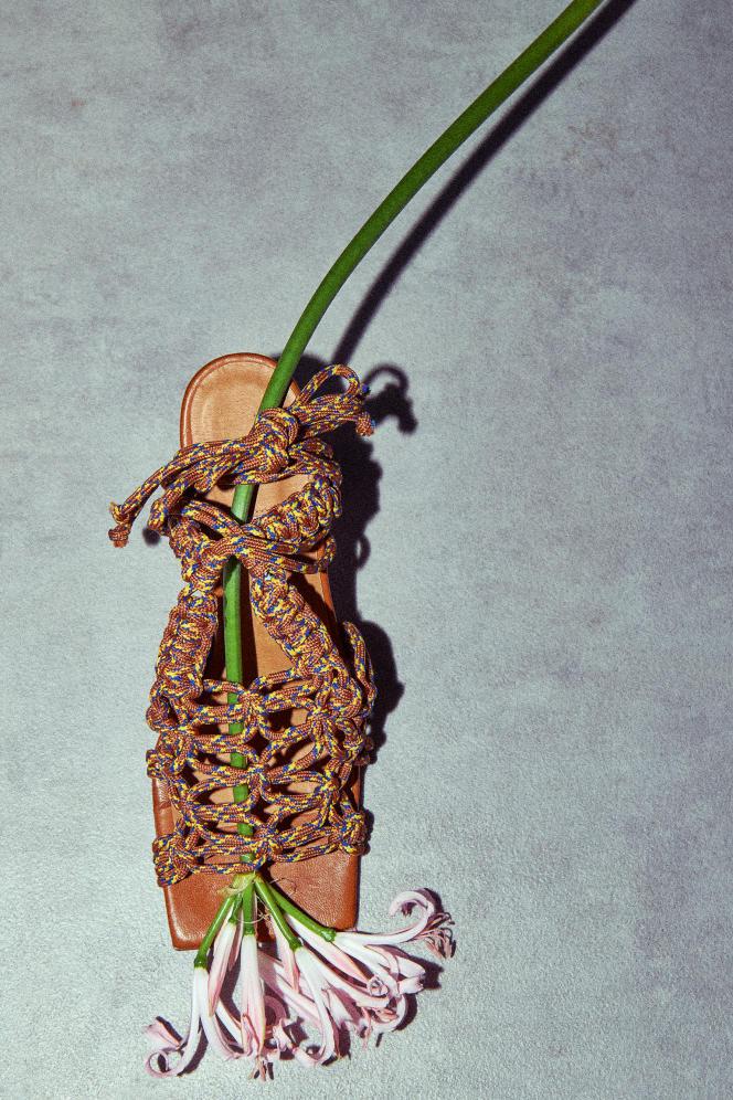 Sandales Stephanie, en cuir et corde, Miista, 295 €.