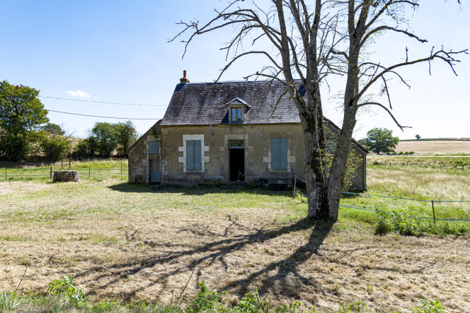 Les maisons perdues en pleine campagne et nécessitant des travaux restent peu onéreuses.