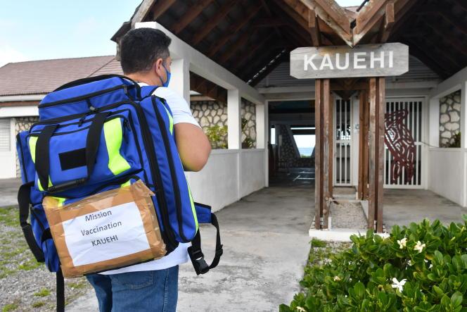 Vaccination aux Tuamotu, sur l'atoll de Kauehi, le 14 juin 2021.