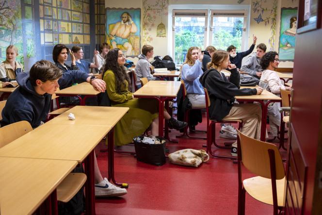 Dans un établissement d'enseignement secondaire à Amsterdam, le 31 mai 2021.