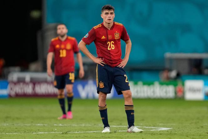 La déception se lit sur le visage de Pedri après le match nul (1-1) concédé par l'Espagne face à la Pologne, le 19 juin 2021, à Séville.