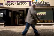 Devant une agence Agirc-Arrco, à Lille, le 29 mai 2015.