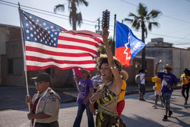 Πραγματοποιήθηκε διαδήλωση μπροστά από το παρεκκλήσι Reedy στο Γκάλβεστον του Τέξας (Ηνωμένες Πολιτείες) το Σάββατο 19 Ιουνίου 2021.