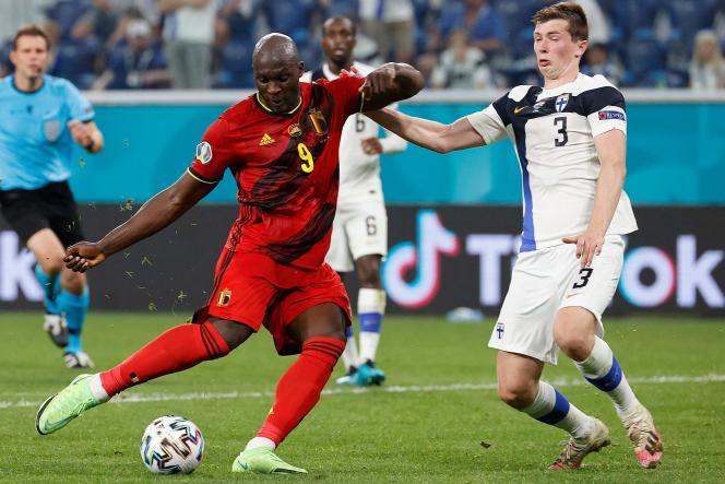 L'attaquant belge Romelu Lukaku a inscrit son deuxième but à l'Euro 2021contre la Finlande le 21 juin 2021,au stade de Saint-Pétersbourg, en Russie.
