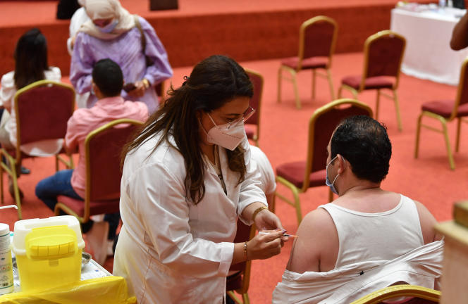 Vaccination contre le coronavirus, le 4 juin 2021, à Tunis.