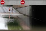 Un tunnel est inondé après de violents orages, à Reims, le 4 juin 2021.