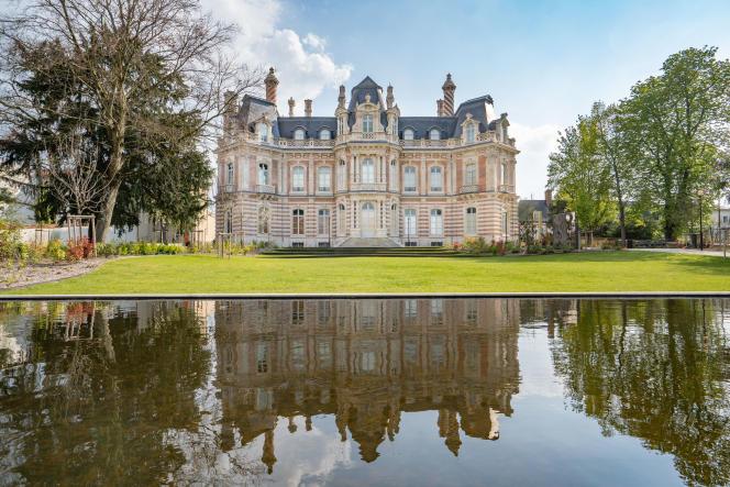 Le château Perrier.