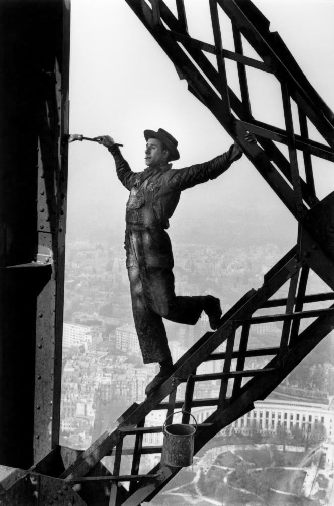 «Le Peintre de la tour Eiffel ». Paris, 1953.