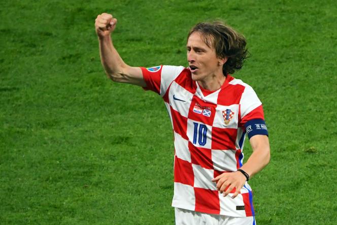 Luka Modric célèbre son but contre l'Ecosse, à Glasgow, le 22 juin.