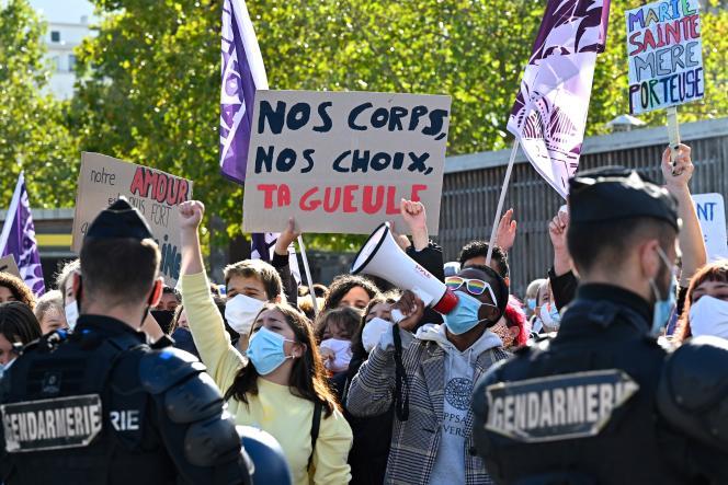 Une manifestation en faveur du projet de loi de bioéthique sur la procréation médicalement assistée, à Rennes, le 10 octobre 2020.