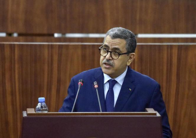 Le premier ministre algérien, Abdelaziz Djerad, lors d'une session de vote au Parlement, à Alger, le 10septembre2020.