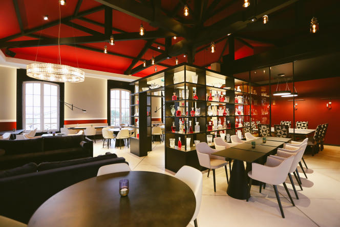 Salle du restaurant [Au] Marquis de Terme.