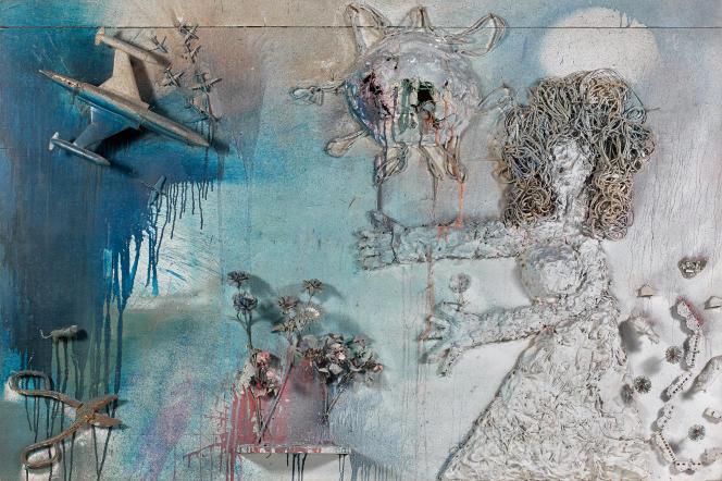 «Avion»(1961), de Niki deSaint Phalle. Technique mixte, peinture, plâtre et objets. 130 cm × 195 cm × 20 cm.
