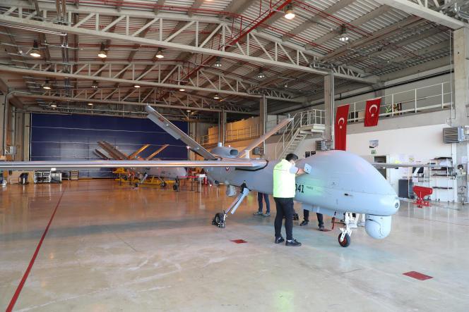 Le drone de combat Anka est fabriqué par l'entreprise étatique Turkish Aerospace, à Ankara, le 5 mars 2021.