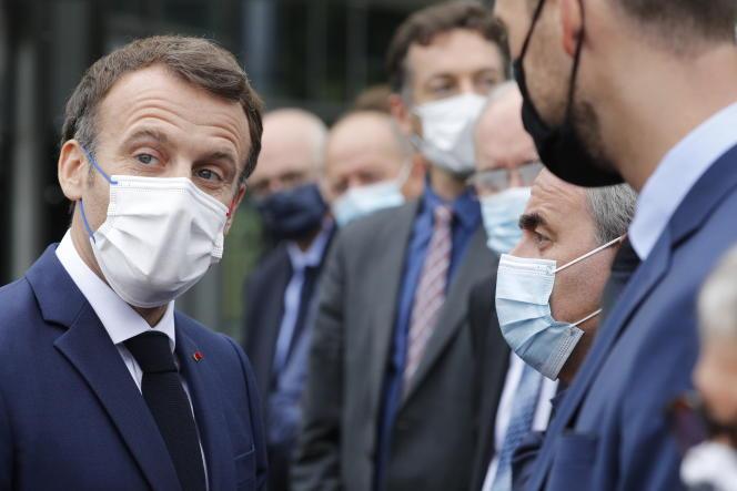 Emmanuel Macron et Xavier Bertrand, le 28 juin.