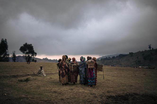 Après que des agressions sexuelles ont été perpétrées par des hommes armés, dans le camp de déplacés de Bijombo (RDC), en octobre 2020.
