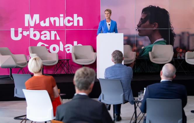 Susanne Klatten, une des héritières de la famille propriétaire de BMW, lors de l'inauguration du Munich Urban Colab, le 28 juin.
