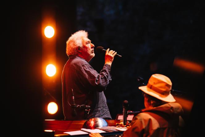 Serge Valletti en concert, le 30 juin 2021, aux Nuits de Fourvière, à Lyon.