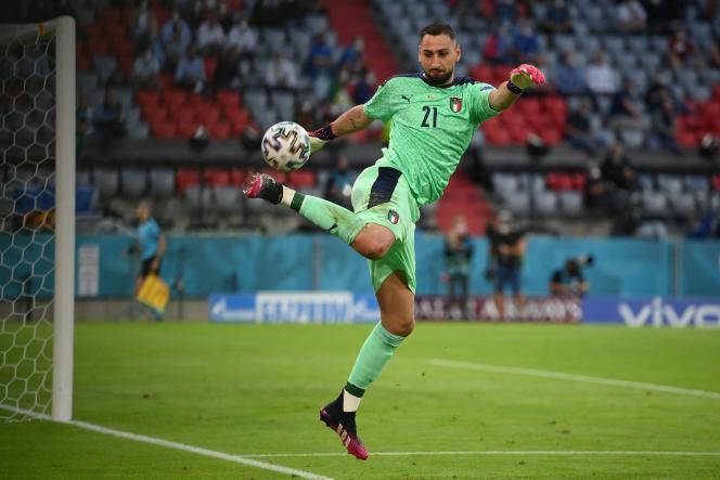 Gianluigi Donnarumma lors du quart de finale de l'Euro remporté par l'Italie contre la Belgique (2-1) le 2 juillet à l'Allianz Arena, à Munich (Allemagne).