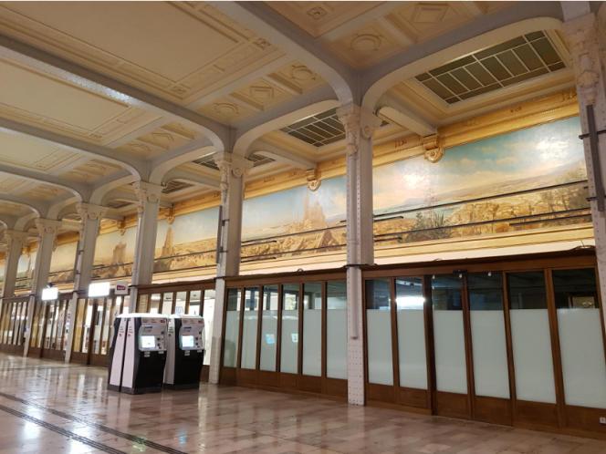 La galerie des Fresques rénovée, dans la gare de Lyon, à Paris.