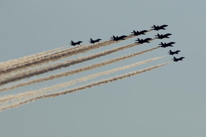 Les forces armées aériennes américaines ont fait une démonstration à Kansas City, dimanche 4 juillet 2021.