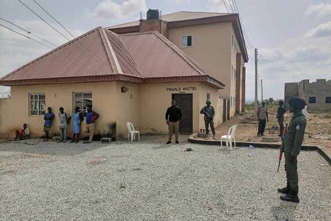 A Kaduna, au Nigeria, devant l'université Greenfield, en avril 2021.