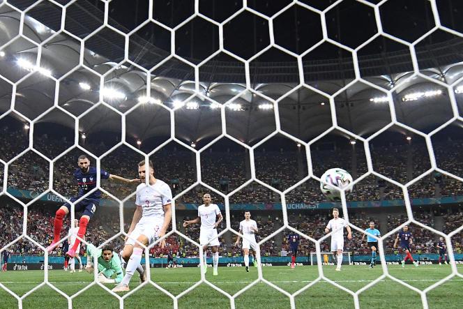Le 28 juin 2021, l'attaquant français Karim Benzema marque le but de l'égalisation lors du match contre la Suisse, en huitièmes de finale de l'UEFA Euro 2020, à l'Arène nationale de Bucarest.