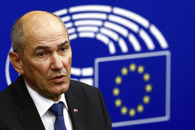 Le premier ministre slovène, Janez Jansa, lors d'une conférence de presse à Strasbourg, le 1er juillet.