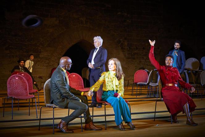 « La Cerisaie », de Tchekhov, mise en scène par Tiago Rodrigues, le 1er juillet lors d'une répétition, à Avignon.