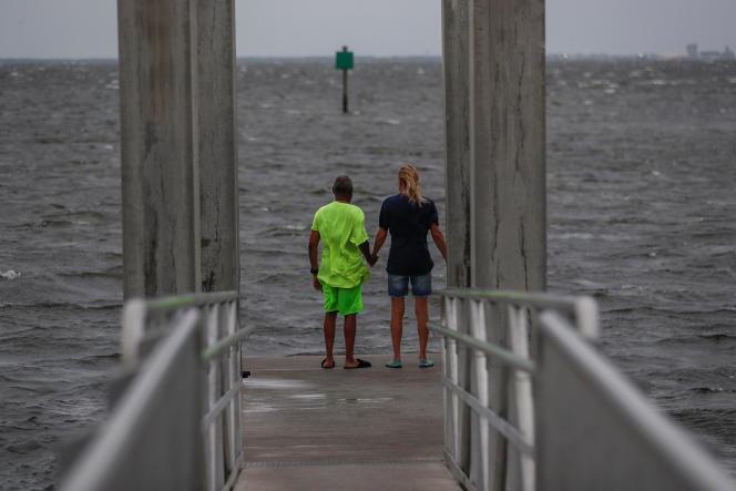 Une fois qu'il aura touché la côte ouest de Floride, Elsa devrait perdre de sa puissance en traversant l'intérieur des terres pour remonter vers la Géorgie et les Etats de Caroline du Sud et du Nord.